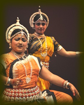 Guru Jyoti Rout and Nilanjana Roy in Nrityanjali